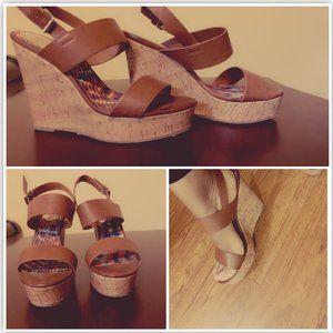 Wedge heel Shoe